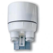 104281200000, Фотореле корпусное для монтажа на улице; 2NO 16A (L1+L2); питание 120В АC; настройка чувствительности 1…80люкс; степень защиты IP54